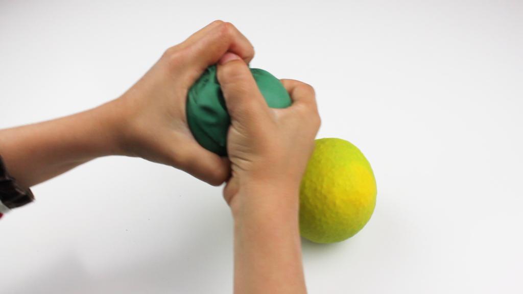 Trucos para conseguir que tus hijos gestionen sus emociones: Las bolas antiestrés